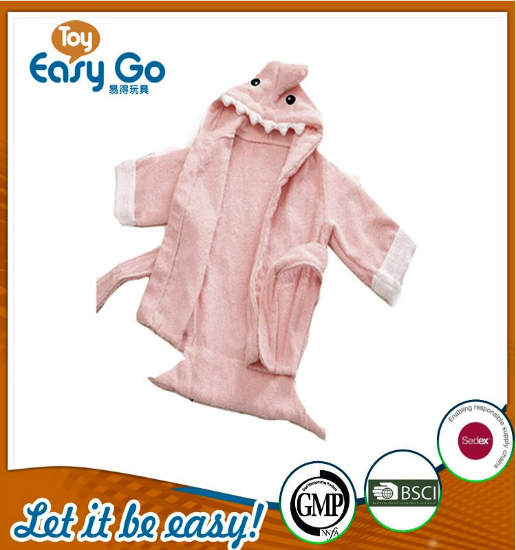 Wholesale cute pink shark bathrobe for baby